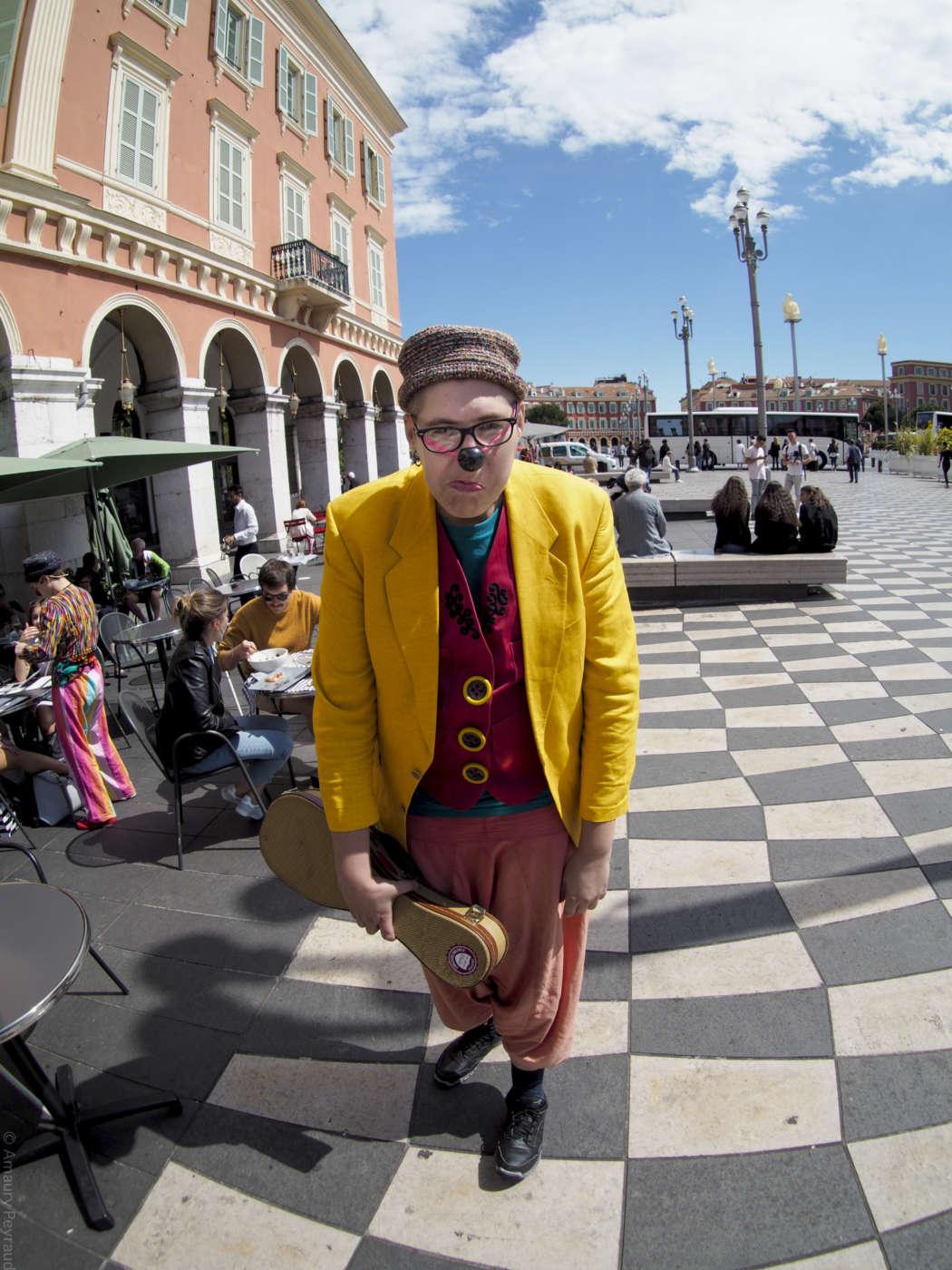 Initiation enfant, stage de magie, stage de jonglage, stage de cirque, stage de clown, stage de théâtre Nice, Cannes, Monaco