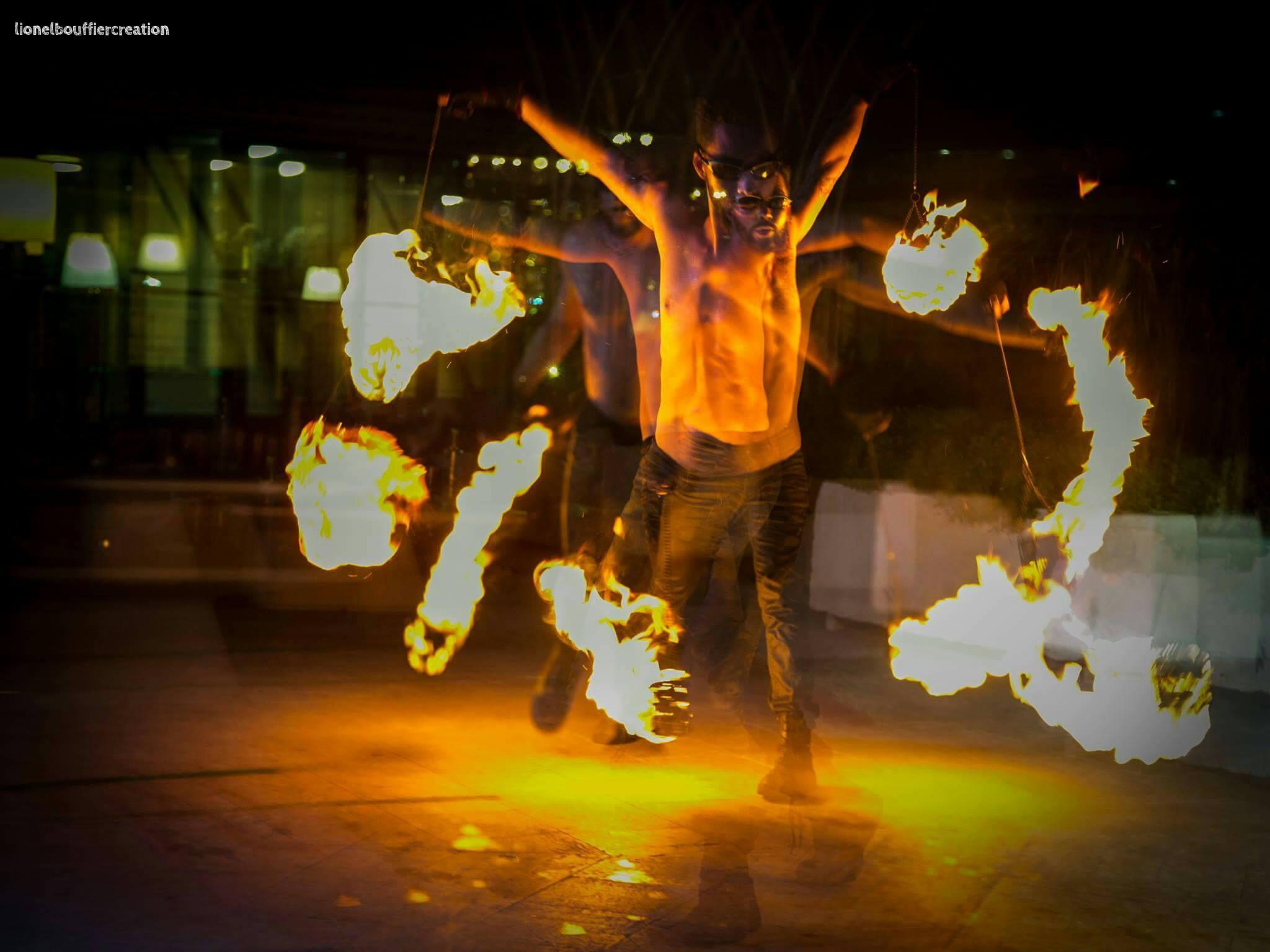 Compagnie Arteflammes, Cie Arte Flamme, spectacle de feu, fire show, performeurs cote d'azur